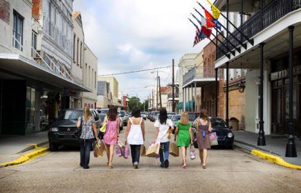 Downtown Thibodaux Sidewalk Sale